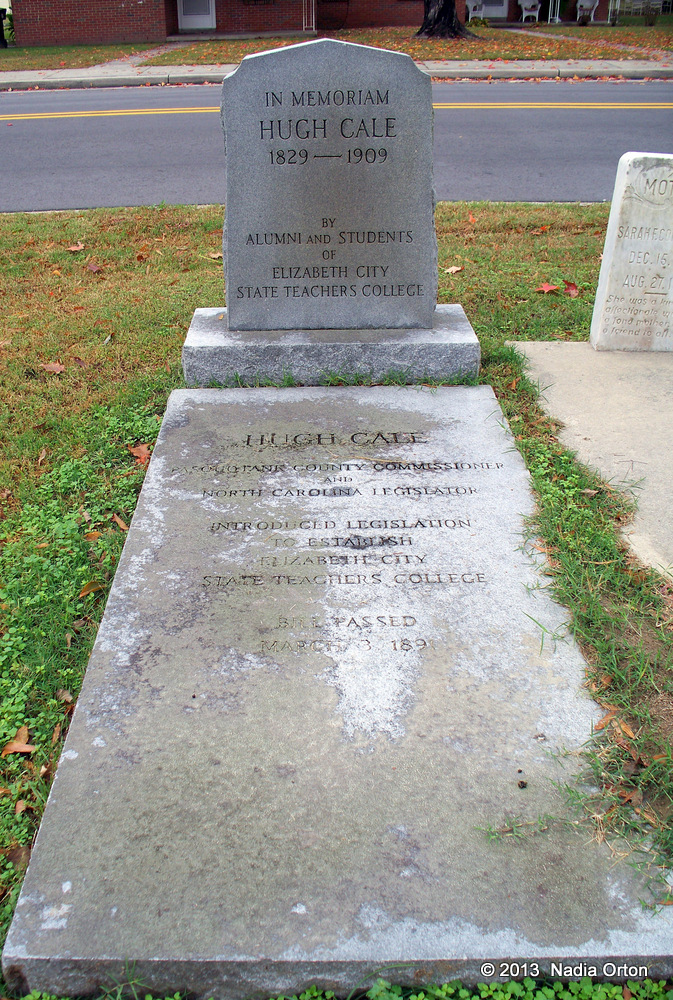 Gravestone of Hugh Cale