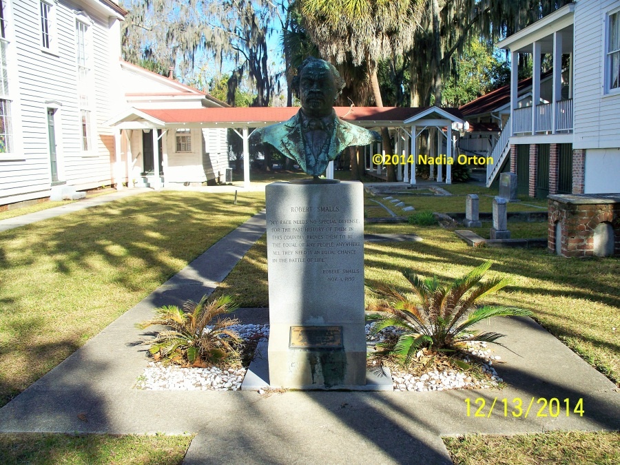 Robert Smalls memorial Beaufort SC Copyright 2014 Nadia Orton